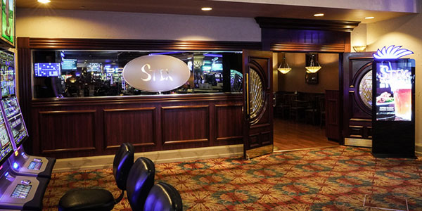 Stix Sports Bar at Seven Feathers Casino Resort in Canyonville Oregon